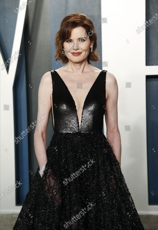 Geena Davis attends the 2020 Vanity Fair Oscar Party following the 92nd annual Academy Awards ceremony, in Beverly Hills, California, USA, 09 February 2020. The Oscars are presented for outstanding individual or collective efforts in filmmaking in 24 categories.