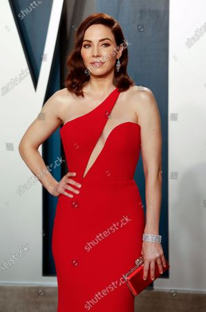 Whitney Cummings attends the 2020 Vanity Fair Oscar Party following the 92nd annual Academy Awards ceremony, in Beverly Hills, California, USA, 09 February 2020. The Oscars were presented for outstanding individual or collective efforts in filmmaking in 24 categories.