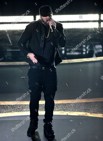 """Eminem performs """"Lose Yourself"""" at the Oscars, at the Dolby Theatre in Los Angeles"""