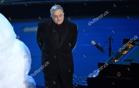 """Randy Newman performs """"I Can't Let You Throw Yourself Away"""", nominated for best original song from """"Toy Story 4"""", at the Oscars, at the Dolby Theatre in Los Angeles"""