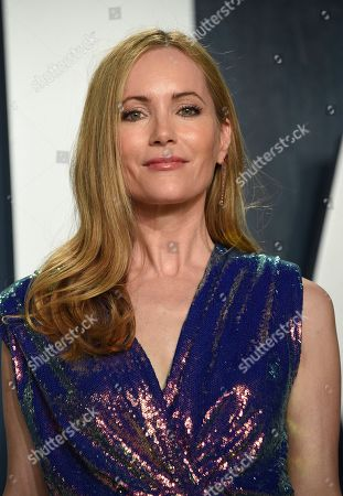 Leslie Mann arrives at the Vanity Fair Oscar Party, in Beverly Hills, Calif