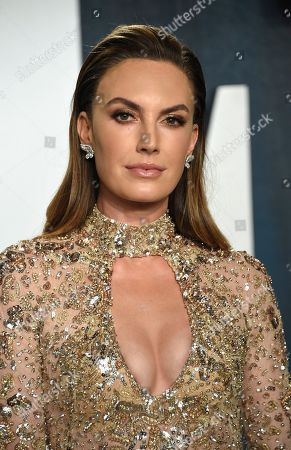 Elizabeth Chambers arrives at the Vanity Fair Oscar Party, in Beverly Hills, Calif