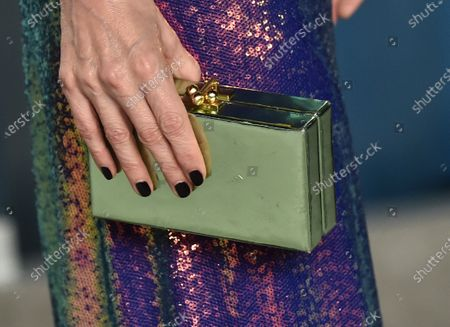 Leslie Mann, bag detail