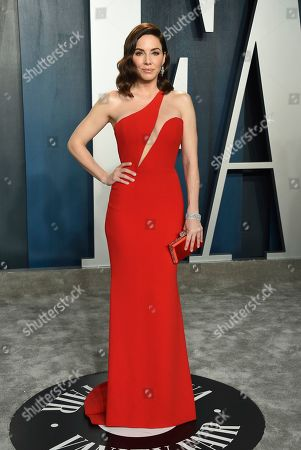 Whitney Cummings arrives at the Vanity Fair Oscar Party, in Beverly Hills, Calif
