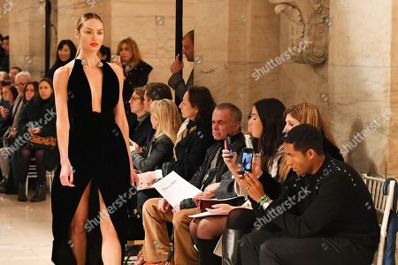 Stock Image of Candice Swanepoel on the catwalk