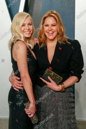 Mary McCormack (R) and Chelsea Handler  attend the 2020 Vanity Fair Oscar Party following the 92nd annual Academy Awards ceremony in Beverly Hills, California, USA, 09 February 2020 (Issued 10 February 2020).
