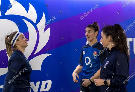 Scotland Women vs England Women. Scotland captain Rachel Malcolm and England captain Rachel Hunter with referee Clara Munarini at the coin toss