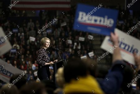 US actress Cynthia Nixon campaigns for US Senator Bernie Sanders during a Bernie Beats Trump campaign rally, in Durham, New Hampshire, USA 10 February 2020. The first in the Nation Primary is to be held in New Hampshire on 11 February 2020.