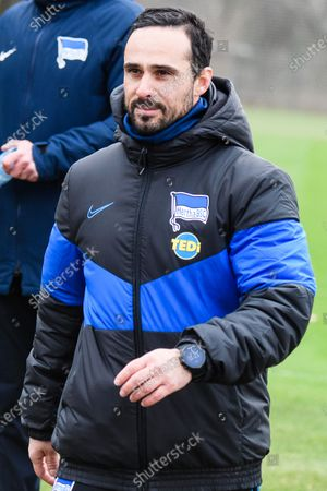 Hertha's new interim coach Alexander Nouri leads his team's training session in Berlin, Germany, 11 February 2020. Juergen Klinsmann stepped down as coach of German Bundesliga side Hertha BSC after ten weeks in charge, the former German international confirmed on 11 February 2020.