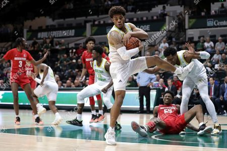 South Florida Bulls's David Collins grabs a rebound during the second half of the team's NCAA college basketball game against Houston, in Tampa, Fla. Houston won 62-58