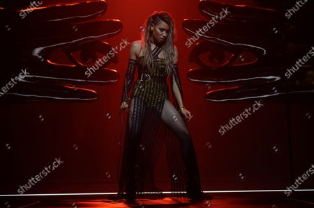 Jurnee Smollett-Bell as Dinah Lance/Black Canary