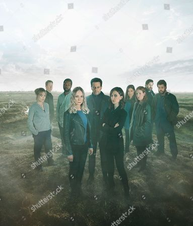 L-R: Zoe Tapper as Katy Sutcliffe, Sam Spruell as Oliver Graham, Richie Campbell as Liam Sutcliffe, Joanne Froggatt as Laura Nielson, Ioan Gruffudd as Andrew Earlham, Katherine Kelly as DI Karen Renton, Shelley Conn as DI Vanessa Harmon, Amy Nuttall as Winnie Peterson, Kieran Bew as Ian and Howard Charles as Carl Peterson.
