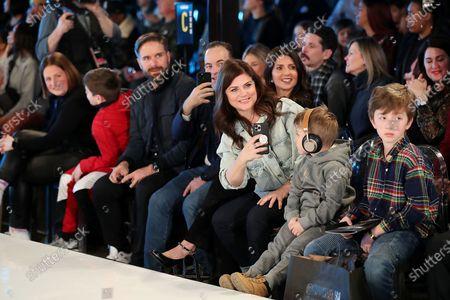 Tiffani Thiessen (Font Row)