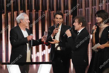 Maxime Le Forestier receives a victory of Honor with Alain Souchon