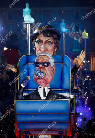 Stock Image of A float of French designer Coco Chanel and late German designer Karl Lagerfeld makes its way through the crowd during the 136th annual Carnival parade, in Nice, France, 15 February 2020. The carnival runs from 15 to 29 February 2020, under the main theme 'King of Fashion'.