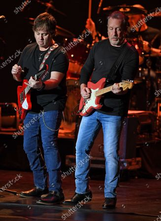 The Outlaws - Dale Oliver and Steve Grisham
