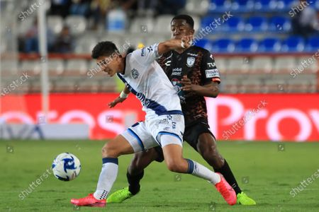 Pachuca's Oscar Murillo (R) vies for the ball against Angel Zaldivar (L) of Puebla during the match between Tuzos del Pachuca and Puebla during a Clausura 2020 tournament match at the Hidalgo Stadium in the Pachuca, Mexico, 15 February 2020.