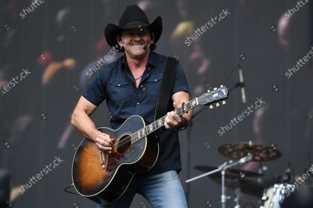 Stock Photo of Lee Kernaghan performs during the Fire Fight Australia bushfire relief concert at ANZ Stadium in Sydney, Australia, 16 February 2020.