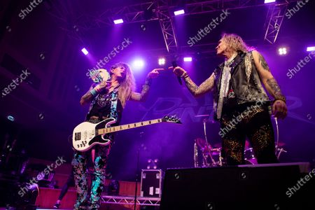 Micheal Starr and Lexxi Foxx - Steel Panther