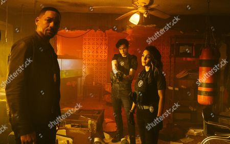 Will Smith as Mike Lowery, Charles Melton as Rafe and Vanessa Hudgens as Kelly