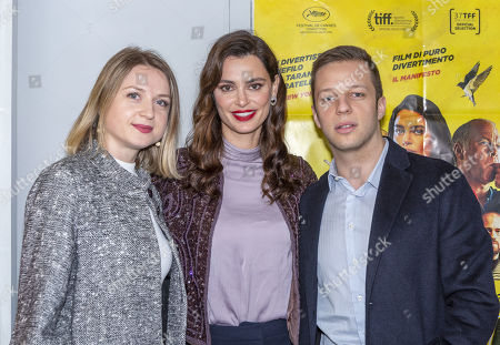 Catrinel Menghia and guests