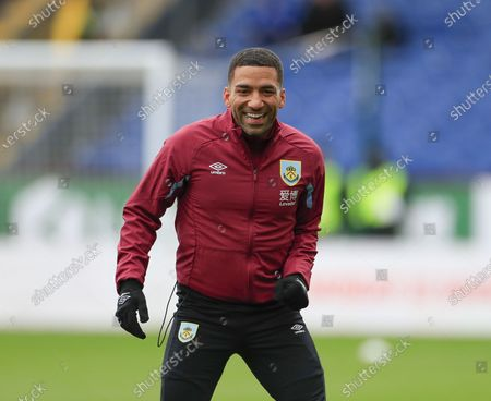 22nd February 2020, Turf Moor, Burnley, England; Premier League, Burnley v Bournemouth : Aaron Lennon (25) of Burnley warms up for the game