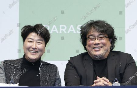 epa08227113 South Korean actor Song Kang-ho (L) and South Korean director Bong Joon-ho (R) speak during a press conference for the movie of Parasite in Seoul, South Korea, 19 February 2020. Parasite is the first foreign-language movie to win an Academy Award for Best Picture.