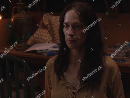 Amanda Plummer as Dianic