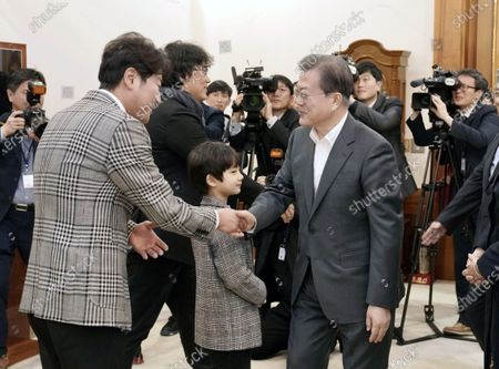 Editorial image of South Korean President Moon Jae-in meets Parasite cast in Seoul, Korea - 20 Feb 2020