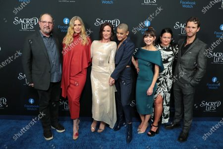 Exec. Producer Scott Winant, Kristin Bauer van Straten, Juliette Lewis, Jordan Alexander, Kimiko Glenn, Showrunner and Exec. Producer Raelle Tucker and Ryan Kwanten