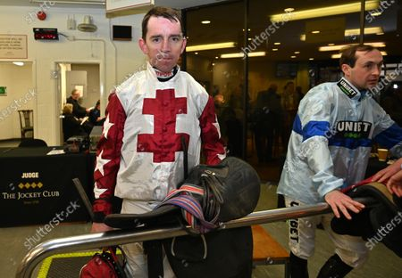 (L) Leighton Aspell, jockey, who today announced that he will retire after his two rides at Fontwell tomorrow (Sunday 23rd Feb).