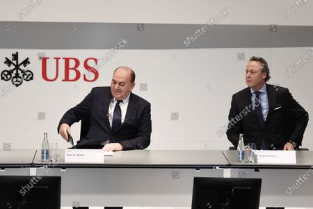 Axel Weber (L), Chairman of the Board of Directors of UBS, and Ralph Hamers (R), future CEO of Swiss Bank UBS, during a press conference in Zurich, Switzerland, 20 February 2020. Dutchman Ralph Hamers will replace Sergio Ermotti, who is still CEO of UBS, on November 1, 2020.