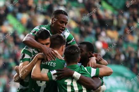 Sporting CP Sebastian Coates (C) celebrates with his teammates after scoring a goal against Istanbul Basaksehir during the UEFA Europa League round of 32, 1st leg soccer match at Alvalade Stadium in Lisbon, Portugal, 20 February 2020.