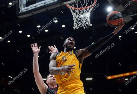 Khimki Moscow's Thomas Robinson in action during the Euroleague basketball match between Armani Exchange and Khimki Moscow in Milan, Italy, 20 February 2020.