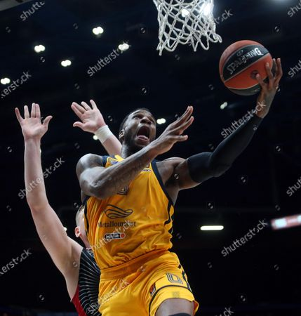 Khimki Moscow Region's Thomas Robinson in action during the Euroleague basketball match between Armani Exchange and Khimki Moscow in Milan, Italy, 20 February 2020.