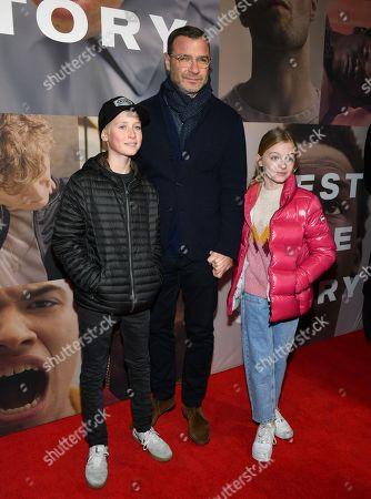 Stock Image of Liev Schreiber with his kids Alexander Schreiber and Kai Schreiber