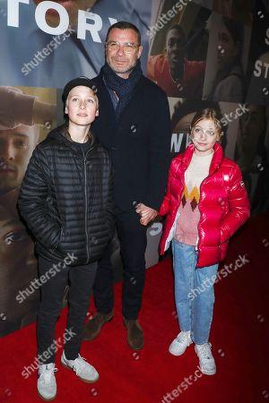 Liev Schreiber with his kids Alexander Schreiber and Kai Schreiber