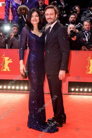 Stock Photo of Jasmin Tabatabai and Christian Pietschmann