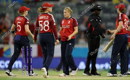 Katherine Brunt of England looks dejected after England lose the game