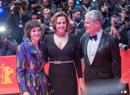 Stock Picture of Charlotte Simpson, Sigourney Weaver and Jim Simpson