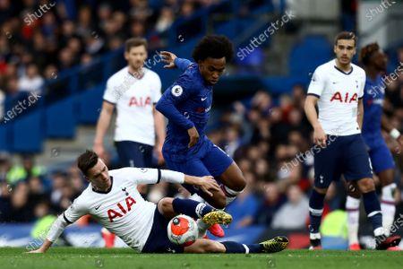 22nd February 2020; Stamford Bridge, London, England; English Premier League Football, Chelsea v Tottenham Hotspur; Giovani Lo Celso of Tottenham Hotspur tackles Willian of Chelsea