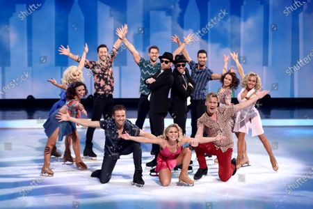 Movie Medley - Dan Whiston, Lukasz Rozycki, Vanessa Bauer, Alex Murphy, Alexander Demetriou, Mark Hanretty, Alexandra Schauman, Tom Naylor, Oscar Peter, Matt Evers, Carlotta Edwards and Brianne Delcourt