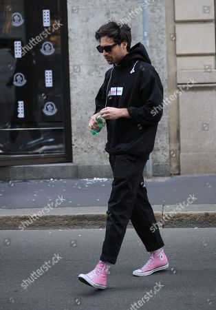 Camila Mendes' boyfriend leaves the Salvatore Ferragamo boutique