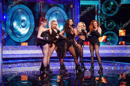 The Pussycat Dolls - Nicole Scherzinger, Ashley Roberts, Kimberly Wyatt, Melody Thornton and Carmit Bachar