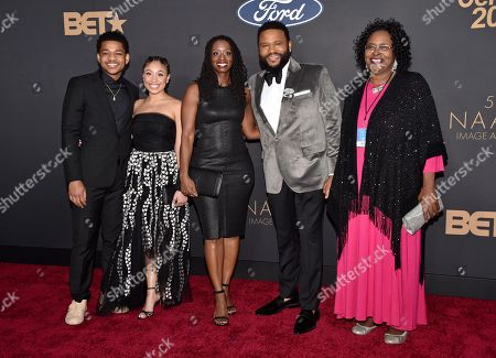 Nathan Anderson, Alvina Stewart, Anthony Anderson and guests