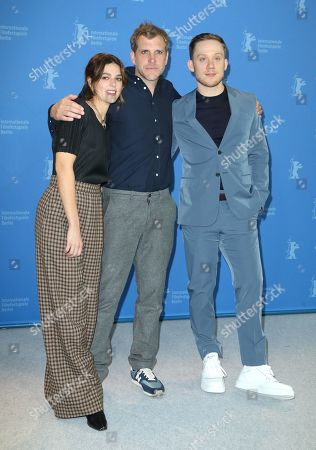 Callie Hernandez, Bastian Günther and Joe Cole