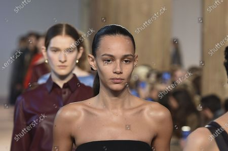 Stock Picture of Binx Walton and models on the catwalk