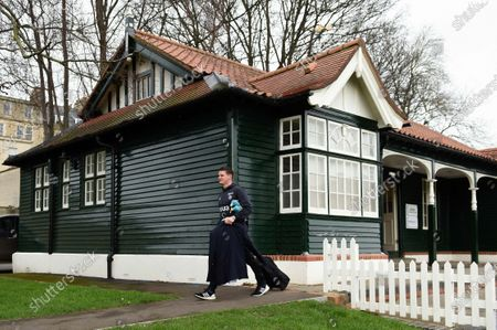 Freddie Burns of Bath Rugby arrives at the Rec