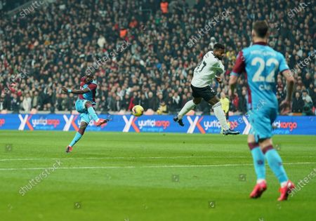 Badou Ndiaye of Trabzonspor shooting on goal during Besiktas against Trabzonspor on Vodafone Park, Istanbul, Turkey