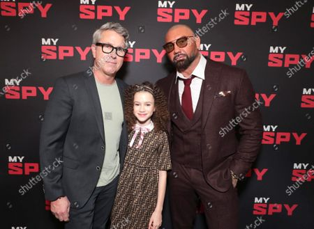 Stock Photo of Director Peter Segal, Chloe Coleman and Dave Bautista